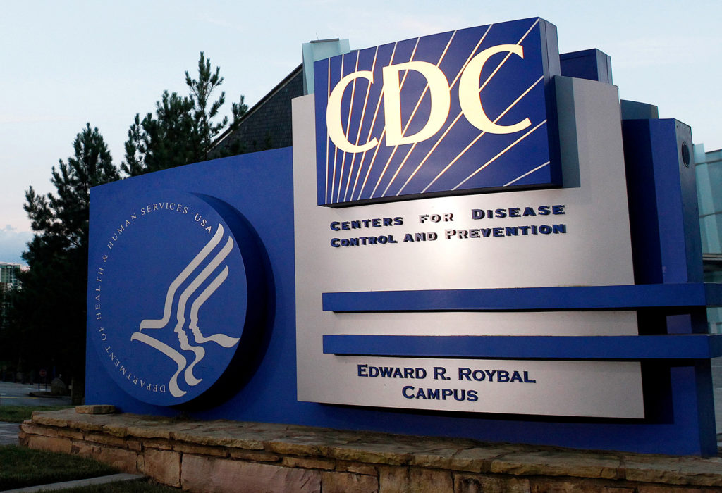 Pueden los vacunados contra el Covid-19 tener reuniones con no vacunados?